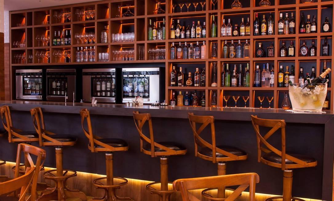 Projeto de Miguel Pinto Guimarães, o Uniko tem um bar com cinco metros Miguel Pinto Guimarães / Lipe Borges / Divulgação