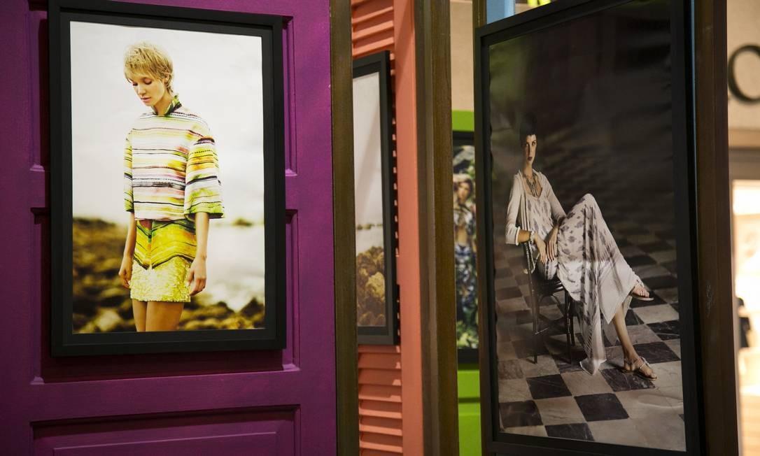 A noite de terça-feira foi de muita moda no Fashion Mall, com a inauguração da exposição Couture Tropical, com as fotos do especial de verão do caderno ELA Paula Giolito / Agência O Globo