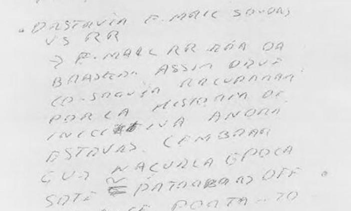 Bilhete encontrado pela Polícia Federal na mesa do presidente da Odebrecht, no qual havia instruções para destruição de um e-mail. Foto: Polícia Federal / Reprodução