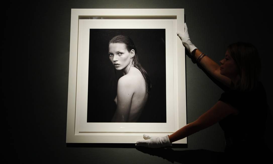 A foto da campanha para o perfume Obsession, da Calvin Klein, feita em 1993 por Mario Sorrenti está no pacote LUKE MACGREGOR / REUTERS