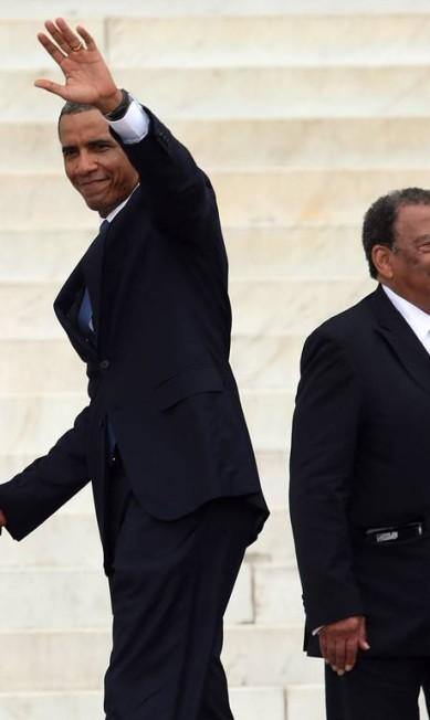 Na comemoração dos 50 anos da Marcha em Washington por Trabalho e Liberdade, nesta terça-feira, Michelle Obama apareceu sem a comentada franja que deu o que falar durante a posse do presidente Barack Obama MARK WILSON / AFP