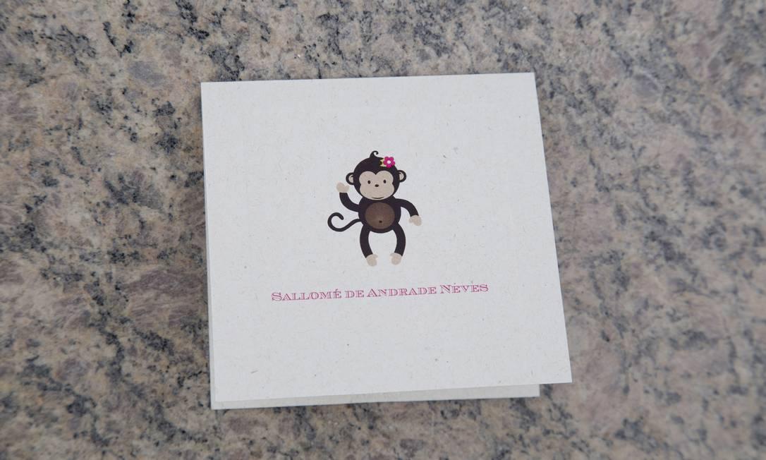 ... e cartão de visitas Simone Marinho / Agência O Globo