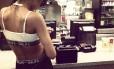 Rihanna posta foto no McDonald's de Nova York