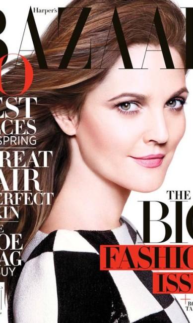 """Na """"Harper's Bazaar"""" quem liderou o ranking semestral foi Drew Barrymore, musa da edição de março, com 130.095 cópias vendidas. O número de fevereiro, com Jennifer Lopez na capa, fechou a conta com 105.657 Reprodução Harper's Bazaar América"""
