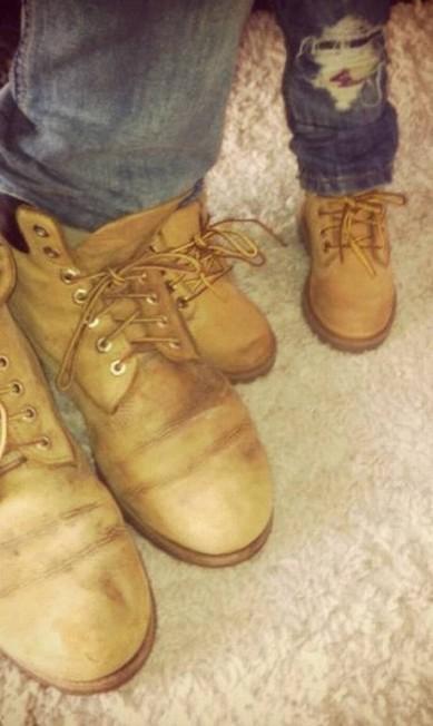 Clique divertido: pai e filho combinam a bota Arquivo Pessoal