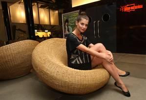 Alinne Moraes: figura rara nas revistas de celebridades Foto: Marcos Ramos/ O Globo