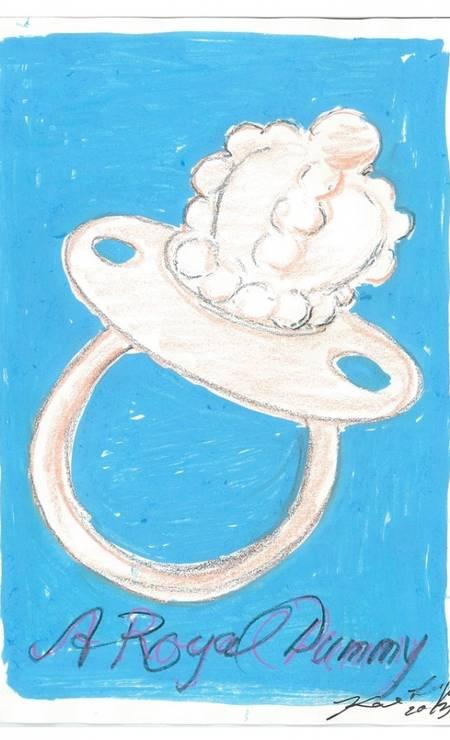 Já Karl Lagerfeld fez uma chupeta especialíssima para o herdeiro Foto: Reprodução / WWD