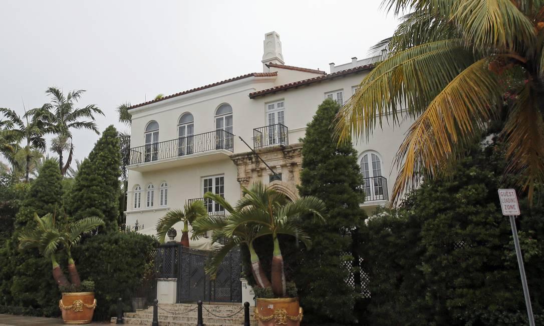 Casa Casuarina: mansão que pertenceu a Gianni Versace vai a leilão Alan Diaz / AP