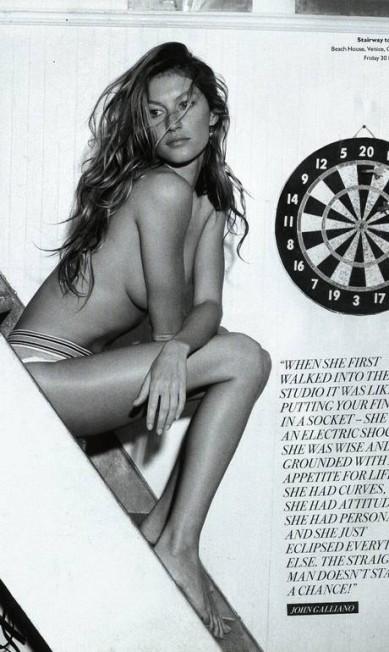 """Na edição de setembro de 2008 da revista """"Arena"""", a loura usou apenas uma calcinha no clique de Nino Munoz Reprodução Arena"""