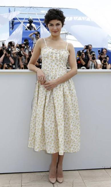 """A atriz Audrey Tautou, de 34 anos, ficou reconhecida internacionalmente com o papel principal do filme """"O fabuloso destino de Amélie Poulain"""", em 2001. Mas Audrey já era símbolo de simpatia e talento na França desde seu primeiro filme Vénus beauté, de 1999 VALERY HACHE / AFP"""