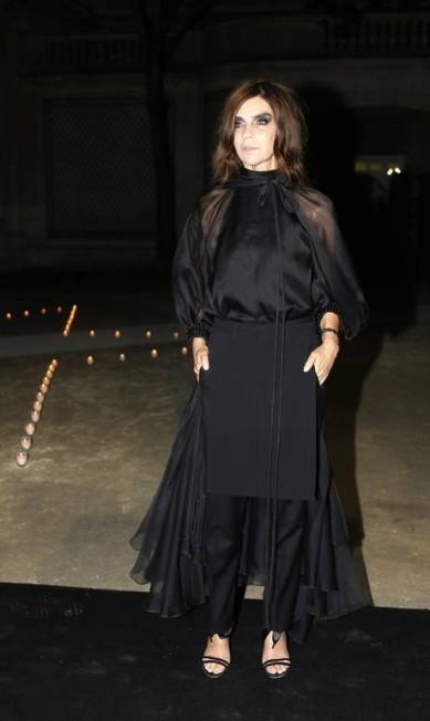 Ex-editora da Vogue francesa e atual diretora geral da Harper´s Bazaar, Carine Roitfeld, de 58 anos, disputa com a editora americana Anna Wintour o título da mulher mais influente do munda da moda KENZO TRIBOUILLARD / AFP