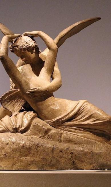 """""""Psiquê revivida pelo beijo do amor"""", do italiano Antonio Canova (1757-1822): uma das obras do roteiro preparado por Bruno de Baecque Terceiro / Divulgação"""