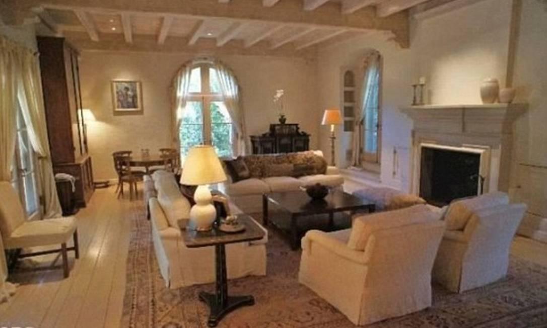 A sala da mansão que Tom Hanks colocou à venda Divulgação