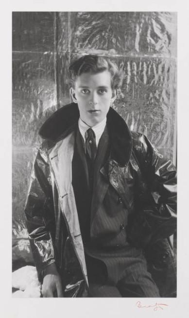 O aristocrata Stephen Tennant em 1927. O britânico era conhecido por seu estilo de vida decadente Cecil Beaton/RISD Museum / Divulgação
