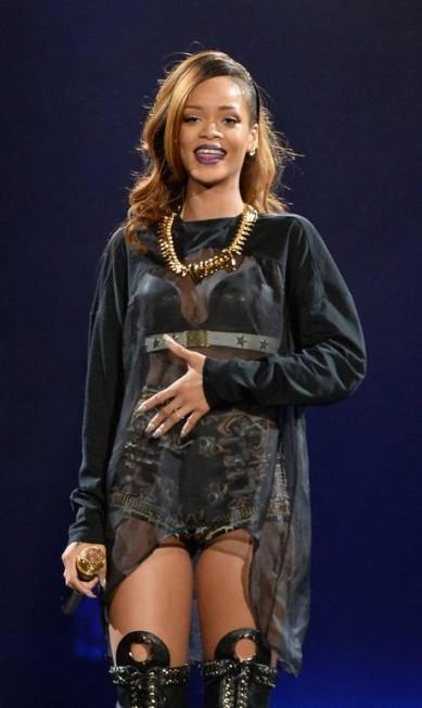 A polêmica Rihanna e todo o seu sexy appeal ficaram com o terceiro lugar na votação Jason Merritt / AFP