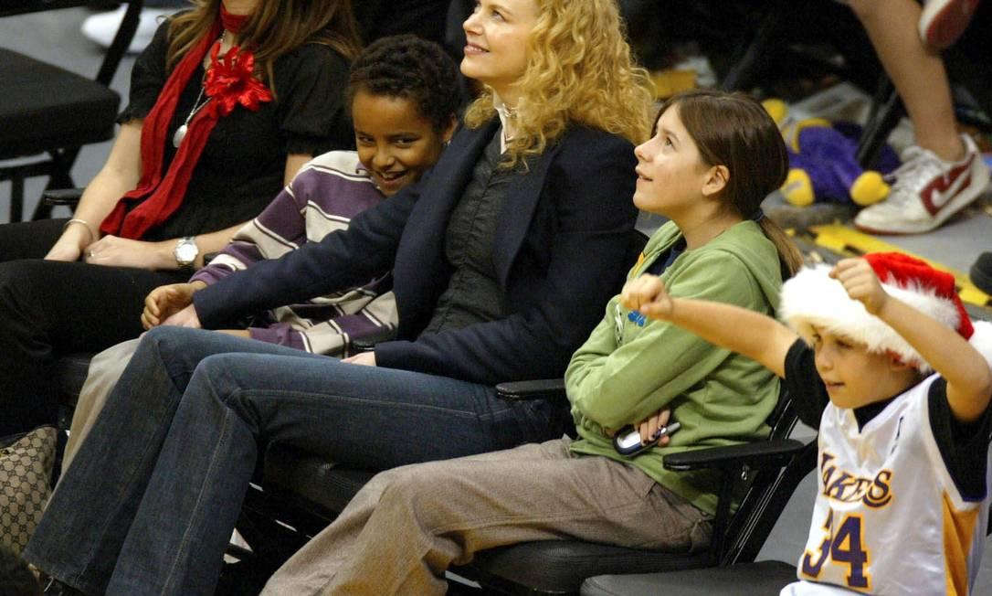 Nicole Kidman também ousou no nome de suas duas filhas com o músico Keith Urban: a mais velha chama-se Sunday Rose (Domingo Rosa) e a segunda, Fatih Margareth (Fé Magareth). A atriz também tem dois filhos adotados durante o seu casamento com Tom Cruise, Connor e Isabella Matthew Simmons / AFP