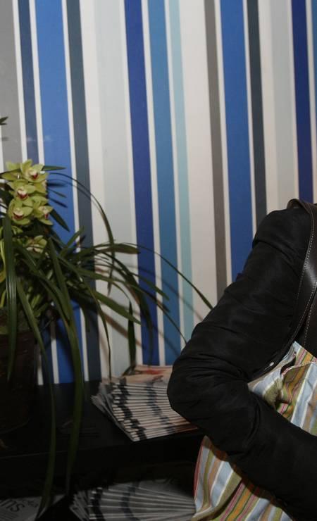 Costanza Pascolato é um ícone da moda e elegância e serve de inspiração para quem busca presentear mães de 70 Foto: Ana Branco / Ana Branco/ Agencia O Globo