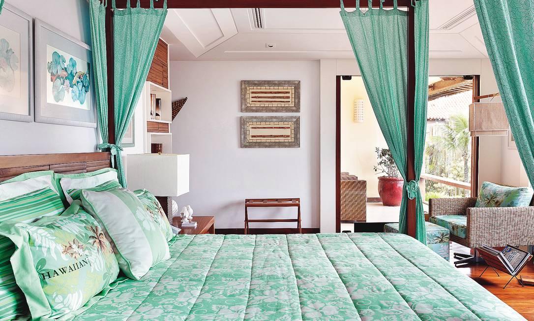A decoradora Solange Medina espalhou a cor pelo quarto de uma casa em Búzios Terceiro / Divulgação