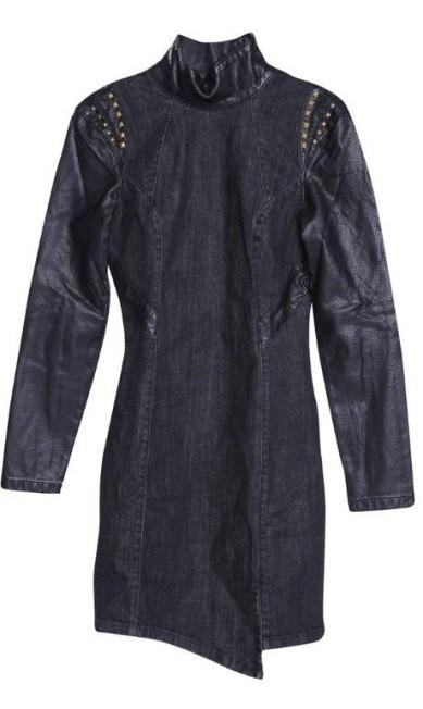 Vestido com tachas Damyller (21 3089-1255), R$ 259 Divulgação