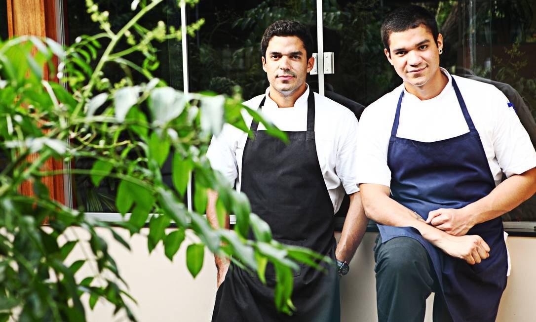 Os irmãos Thiago e Felipe Castanho: expoentes da cozinha paraense moderna Foto: Terceiro / Divulgação