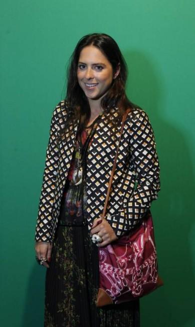 A estilista Stephanie Venk, de 27 anos, combinou o blazer Andrea Marques, com vestido Isabela Capeto e bolsa Hermès. A sandália é Schutz Guito Moreto / Agência O Globo
