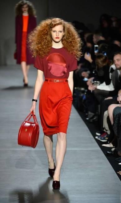 O designer ainda comanda a grife Marc by Marc Jacobs, que faz sucesso na semana de moda de Nova York. Na foto, look da coleção de inverno 2013/ 2014 Frazer Harrison / AFP