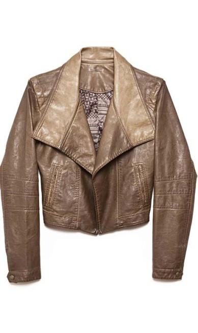 Ouro velho: jaqueta vintage - R$ 459 na Cantão do Shopping Leblon (Av. Afrânio de Melo Franco, 290 loja 110B. Tel.: 21 3114- 5501/5896) Divulgação