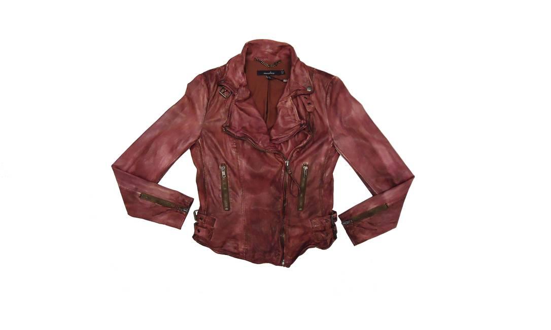 Em chamas: jaqueta bordeaux da Mubba na Alberta - R$ 2790 (Rua Visconde de Pirajá, 302 - Ipanema. Tel.: 21 2522-1552) Divulgação