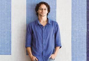 Bernardo vai levar suas obras a uma mostra de arquitetura na Alemanha Foto: Mônica Imbuzeiro/Agência O Globo
