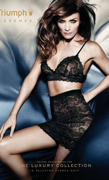 Aos 44 anos, Helena Christensen exibe silhueta invejável. Tanto que ainda é convocada para estrelar campanhas de lingerie Foto: Reprodução