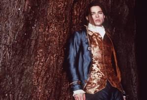 """Brad Pitt na pele do vampiro Louis, em """"Entrevista com o vampiro"""" Foto: Divulgação"""