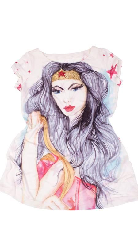 T-shirt Mulher Maravilha da Perfect Way (44 3222-8655), R$ 140,49 Divulgação
