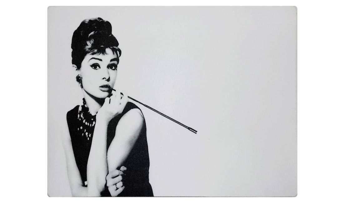 Mousepad Audrey Hepburn da Casa Pop (www.casapop.com.br), R$ 27,90 Divulgação