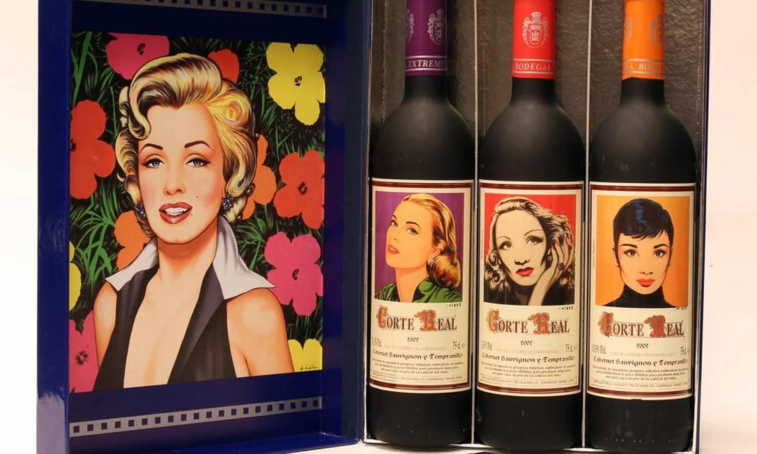 Caixa com vinhos Corte Real Grandes Divas 2002 (de cor vermelho rubi com aroma de frutas vermelhas. O paladar é seco, médio corpo, acidez em equilíbrio com taninos macios e final longo). O produto está à venda na Delly Gil (21 2529-2222), R$ 332 Divulgação