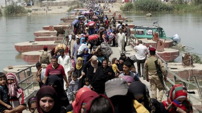 Civis refugiados do Ramadi Foto: Reuters