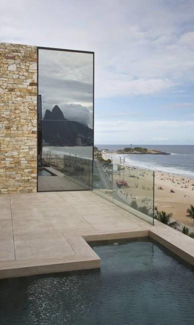 Modelos e formas: o chamado vidro refletente mostra o Dois Irmãos Mônica Imbuzeiro / Mônica Imbuzeiro - Agência O Globo