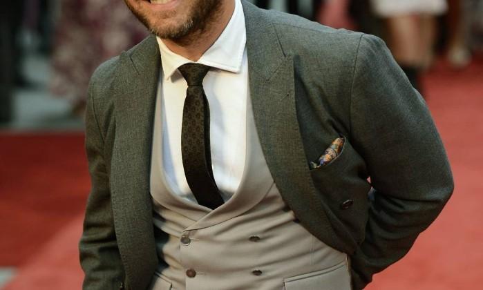 """Para quem quer uma barba mais espessa (não tão falhada como a de Jude Law, que cultivou os pelos no rosto para as estreias de """"Anna Karenina"""" no fim de 2012), o dermatologista Howard Sobel aconselha o aumento da ingestão de vitaminas do complexo B DYLAN MARTINEZ / REUTERS/Dylan Martinez"""