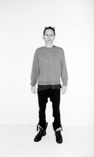 """Bem magro, Jared Leto foi clicado durante uma visita ao estúdio de fotógrafo. A megreza do ator é por conta do fime """"The Dallas Buyer's Club"""", que tem estreia prevista para 2013 Terry Richardson / Reprodução Tumblr"""