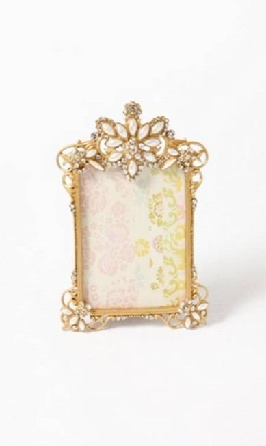 Desde 2005, a Leeloo tem em suas prateleiras porta-retratos, louças, quadros e caixas Divulgação