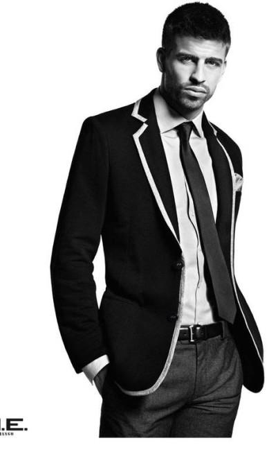 O jogador espanhol Gerard Piqué também é íntimo do mundo moda. Ele já fez várias campanhas para a marca H.E. by Mango Reprodução