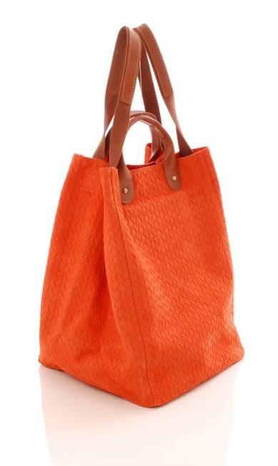 Bolsa Orange Sophia Gomes (21 3326-7012), de R$ 489 por R$ 342,30 Divulgação