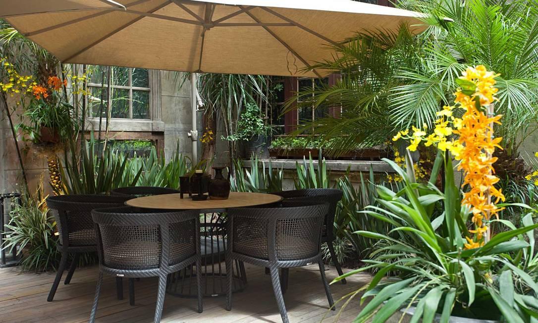 A paisagista Anna Luiza Rothier foi a responsável pelo pátio interno da Casa Cor 2012: arquitetura clássica e a atmosfera contemporânea integradas Rodrigo Azevedo / Divulgação