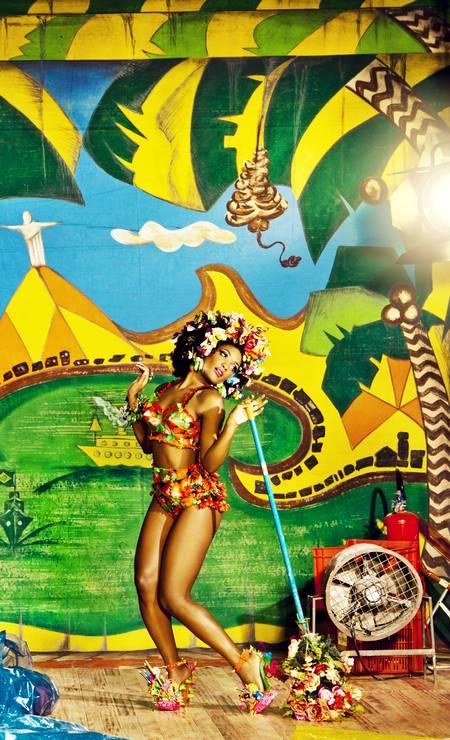 """A mineira Erika Januza, estrela da série """"Suburbia"""" posou pela primeira vez para um ensaio de moda Foto: Terceiro / Luiz Fernando Carvalho"""