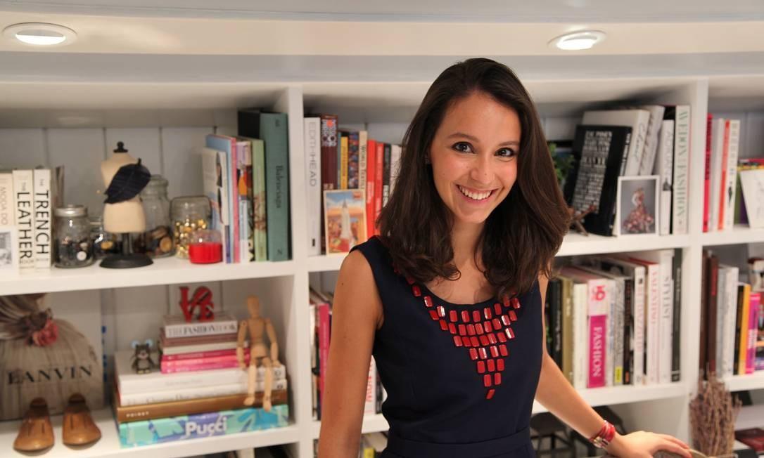 """Maria Mendes, estilista: """"Um longo bem poderoso e glamouroso. Se o mundo acabar, eu estarei no topo"""" Foto: Divulgação"""