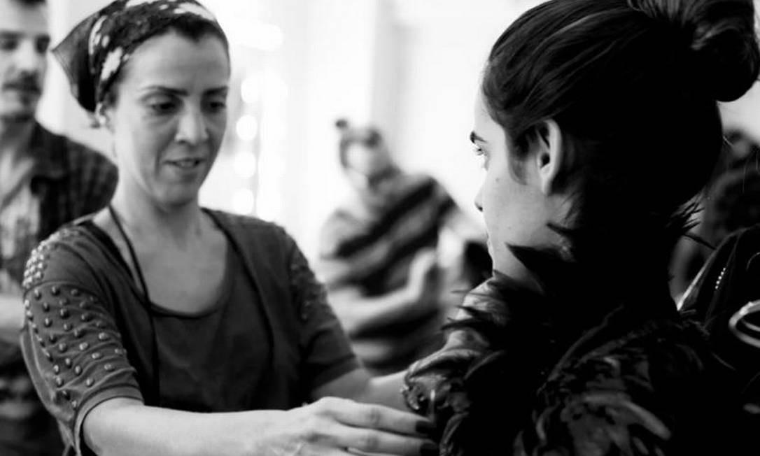"""Marta Reis, diretora de arte: """"Eu indicaria o vestido verde que Keira Knightley usou no filme 'Desejo e Reparação'. Para desaparecer do mundo em grande estilo"""" Foto: Arthur Seixas"""