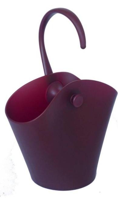 Balde de gelo ou champanheira do designe Ron Arad para a marca italiana Alessi à venda na Novo Ambiente (www.novoambiente.com), R$ 273 Divulgação