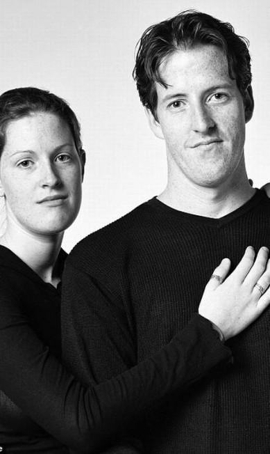 Sarah Fournier (à esquerda) e Alan Madill, apesar das semelhanças, não são irmãos Reprodução