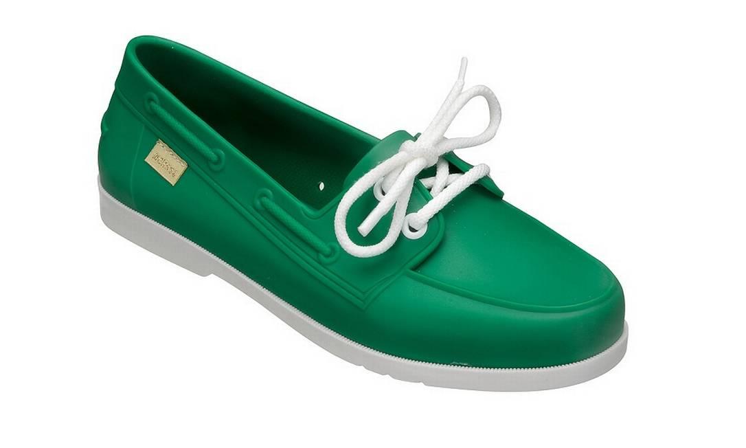 Sapato Melissa R$ 89,90 (Shopping Leblon) Tecnodigi © / Divulgação