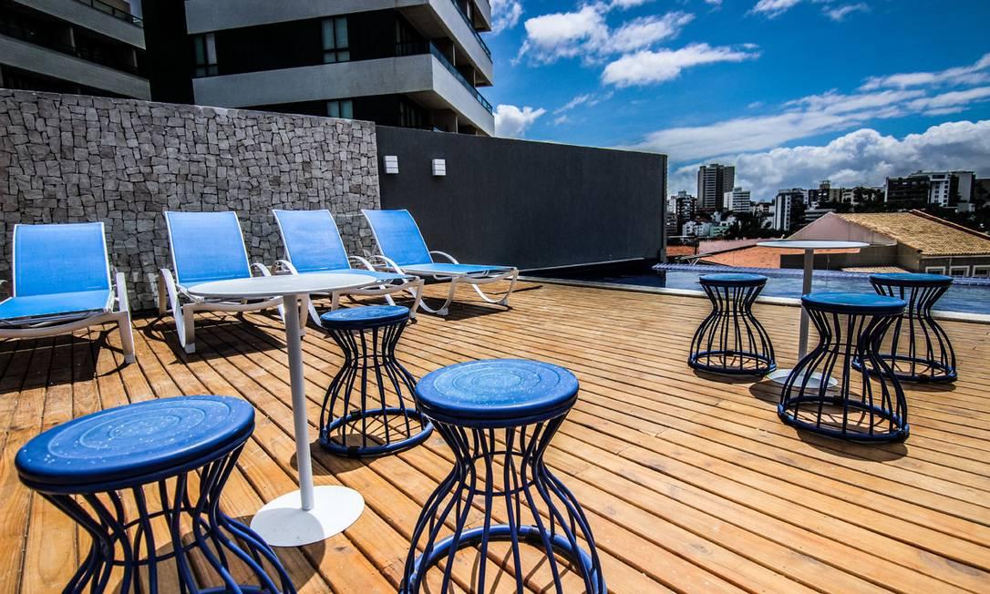 Entre os dez espaços de lazer está a cobertura com piscina e vistão Divulgação