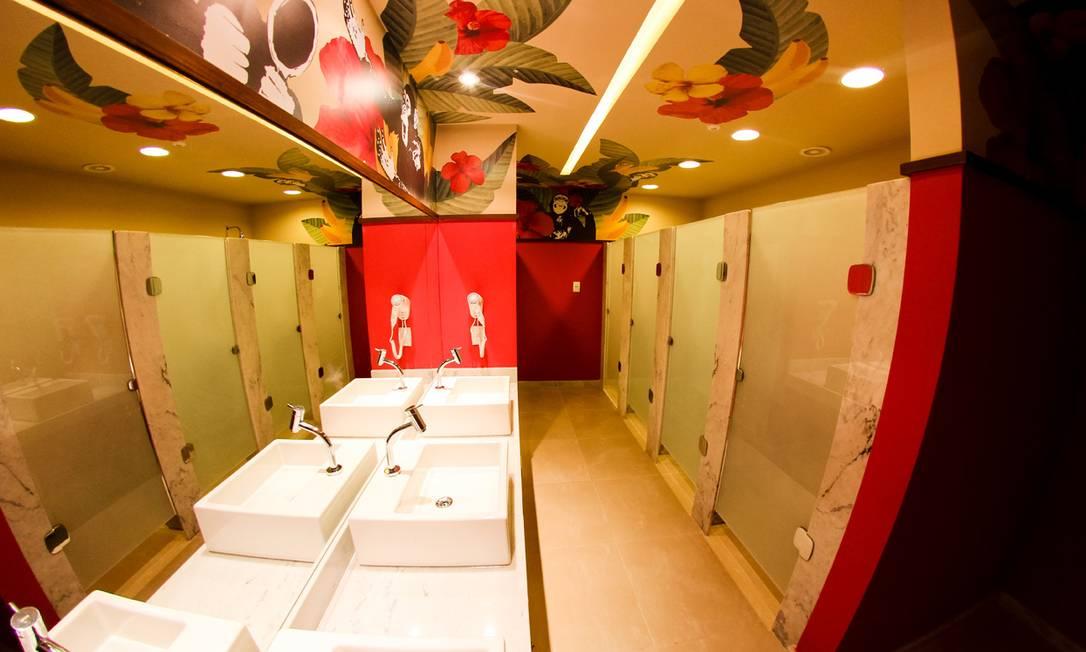 O banheiro monkey girl: só para as mulheres Divulgação
